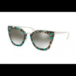 Prada catwalk 53SS women's sunglasses